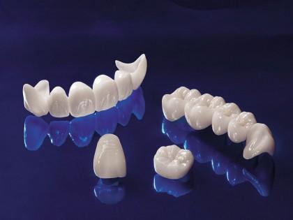 De ce sa optez pentru proteze dentare fixe din zirconiu?